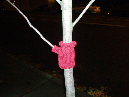 Tree_sweater_1